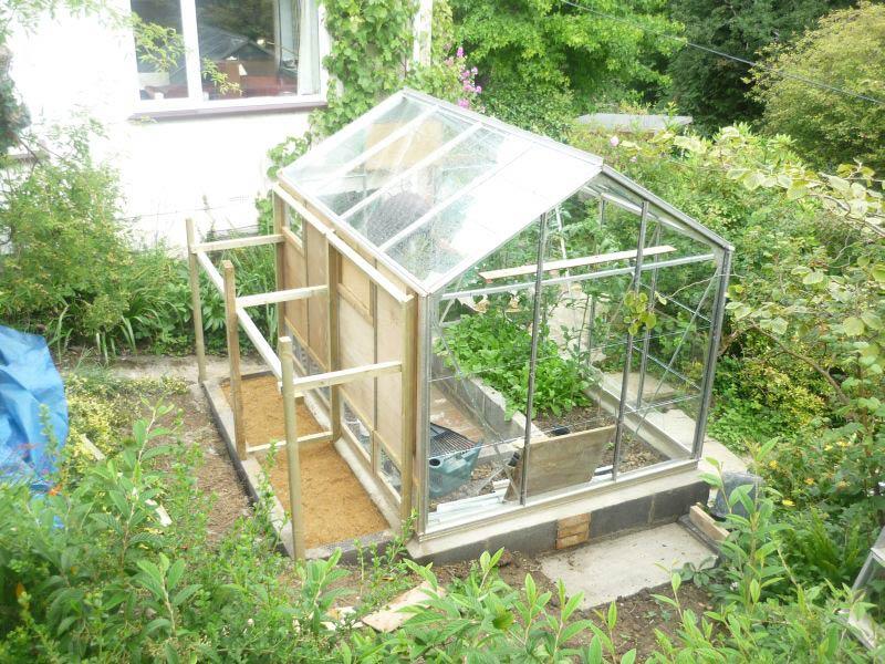 Ejemplo de invernadero de tipo capilla simple